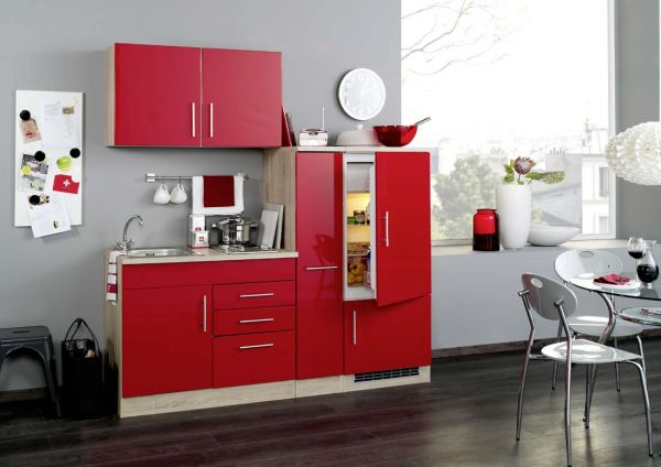 single k che in rot mit einbauk hlschrank 190 cm. Black Bedroom Furniture Sets. Home Design Ideas