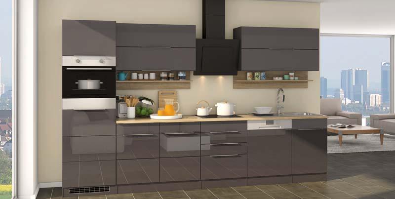 Design Küche mit Einbau-Kühlschrank