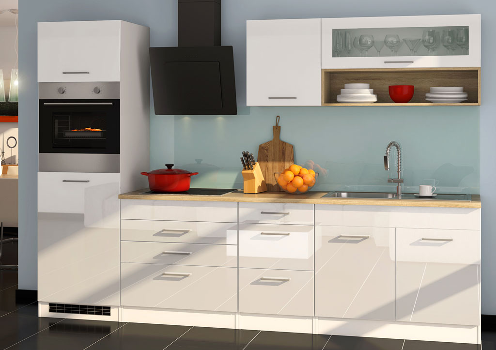Küche weiß Hochglanz mit Backofen und Spülenschrank, sehr modern und klassisch