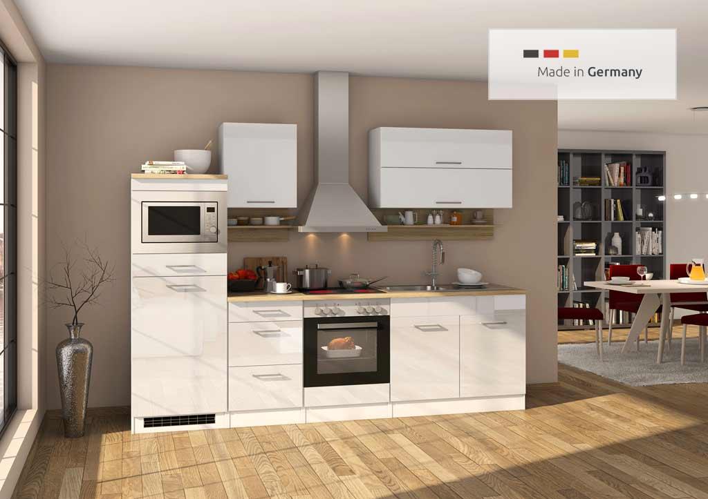 Moderne und hochwertige Küchenzeile mit einer Breite von 300 cm